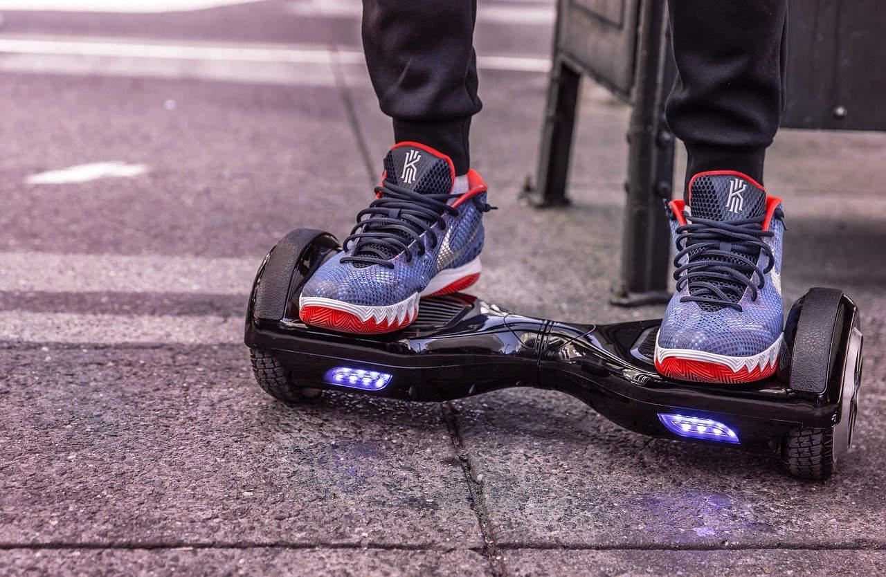 hoverboard scooter elettrico ecologico